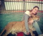 شابة مصرية تروض الحيوانات...