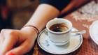 تناول القهوة يقى...